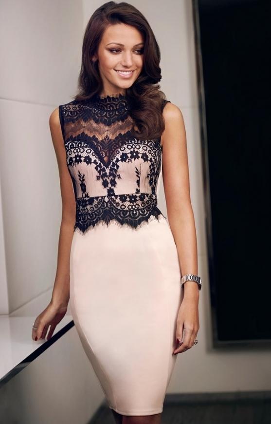 Beżowa sukienka z czarną koronką