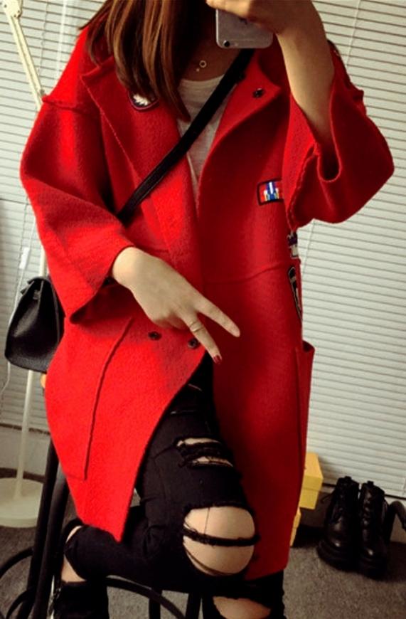 Gruby sweter ala płaszcz w stylu militarnym, czerwony