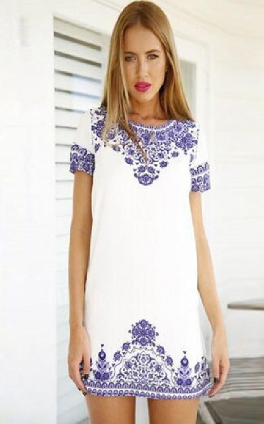 Bia sukienka w stylu etno, folk. Sukienka w stylu Kate Middleton
