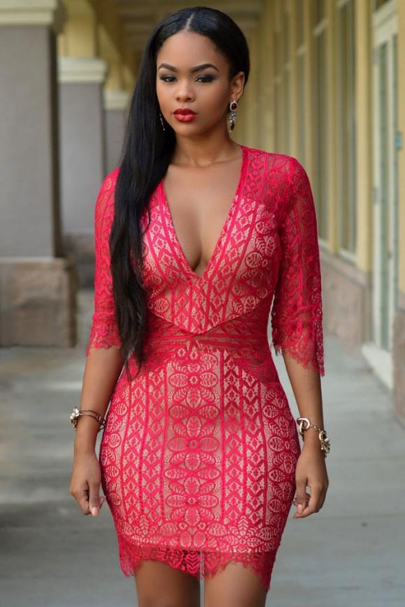 Czerwona zmysłowa koronkowa sukienka