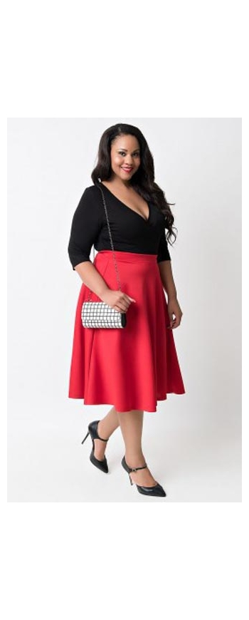 Dwukolorowa sukienka plus size , czerwono czarna