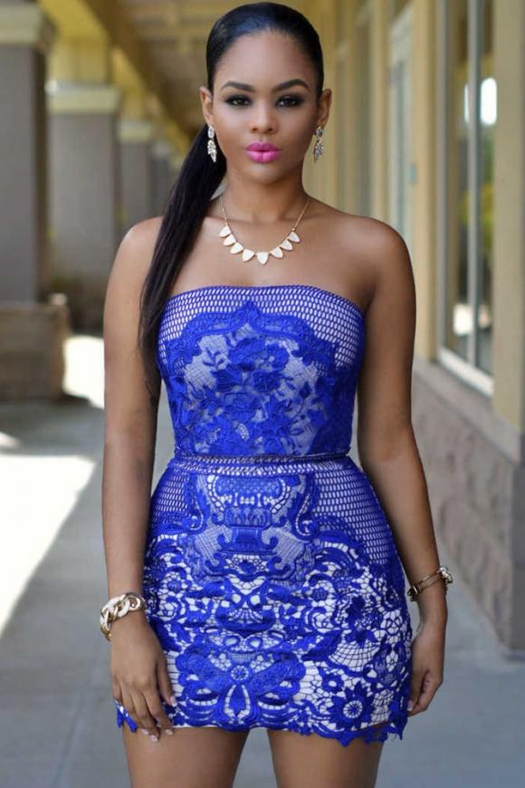 Chabrowa sukienka z gipiurową koronka bez ramiączek