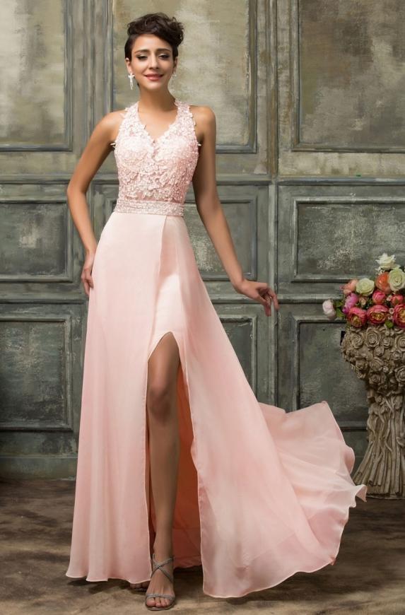 Piękna suknia z koronkowym gorsetem w kolorze jasnego różu | długa suknia na wesele, suknia na studniówkę