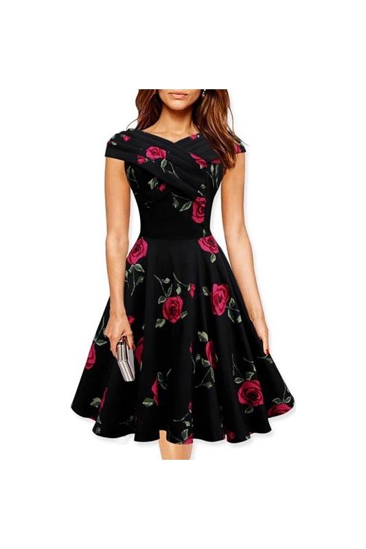 Rokloszowana sukienka w kwiaty