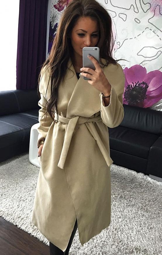 Flauszowy beżowy płaszcz damski | płaszcze jesienno wiosenne