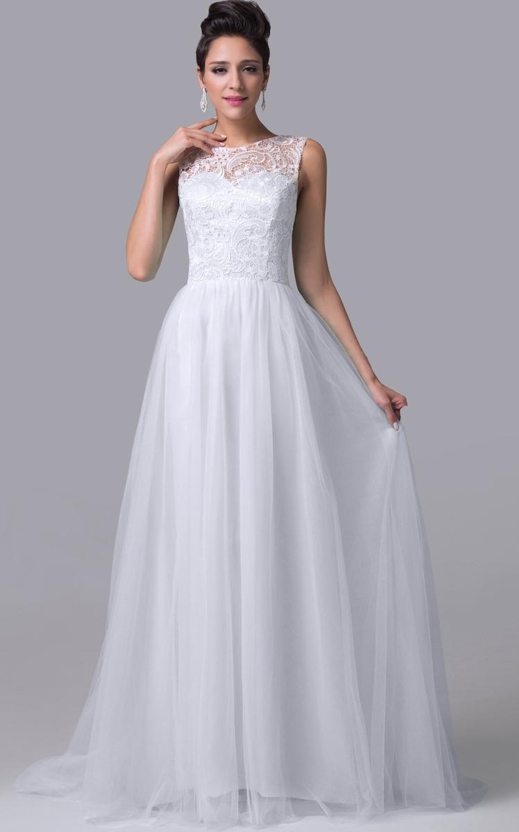 e522c5b93b Przepiękna suknia ślubna z tiulowym trenem