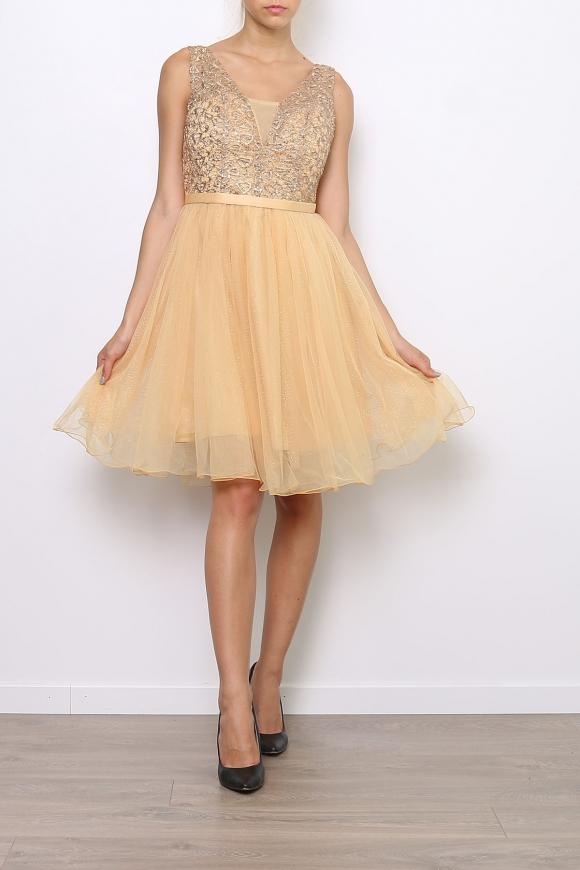 Jasnoróżowa sukienka z koronka i cekinami | sukienka na studniówkę na wesele