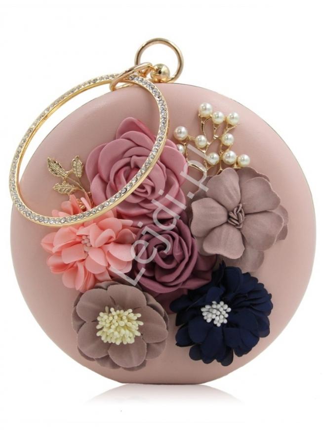 Torebka okrągła wieczorowa w kolorze pudrowego różu z kwiatami 3 D