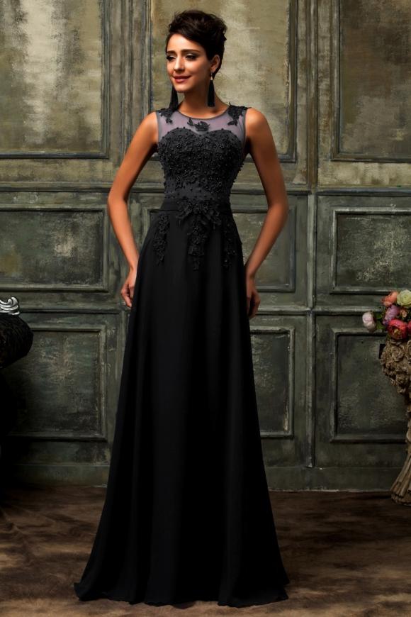 Długa czarna wieczorowa suknia | suknie na studniówkę