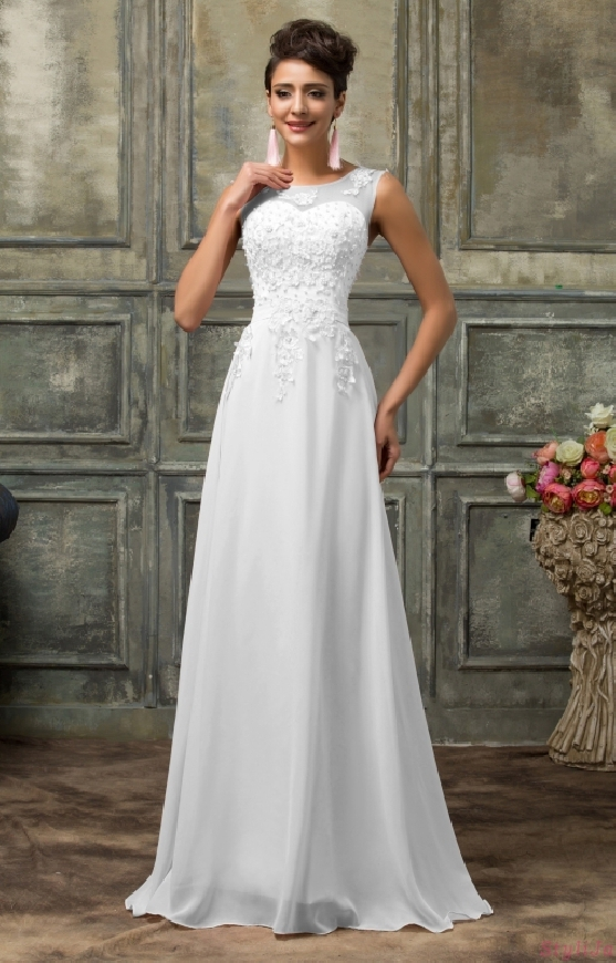 427cc225b2 Szyfonowa suknia ślubna z perłami
