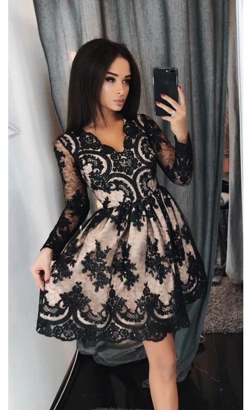6e578a62df3905 Wieczorowa sukienka koronkowa beżowa z czarnką koronką Amelia ...