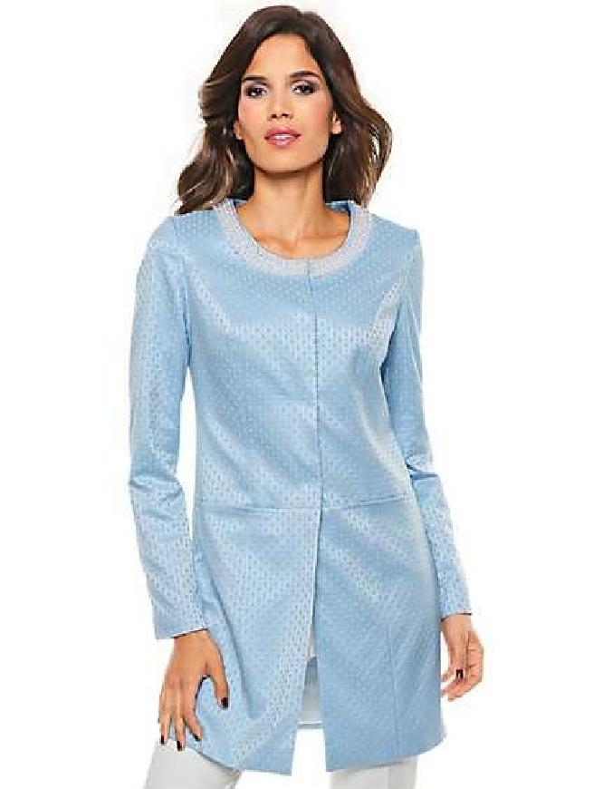 e1c3f62e42 Błękitny żakardowy płaszcz z perełkami