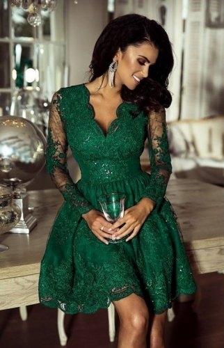 ae7378288d Wieczorowa sukienka koronkowa z cekinami w kolorze butelkowej zieleni -  Amelia