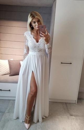 Biała długa suknia ślubna z koronkową górą - Luna