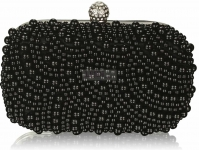 Czarna wieczorowa torebka zdobiona koralikami