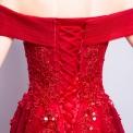 Genialna czerwona długa sukienka wieczorowa z drobnymi koralikami i cekinami. Hiszpanka.