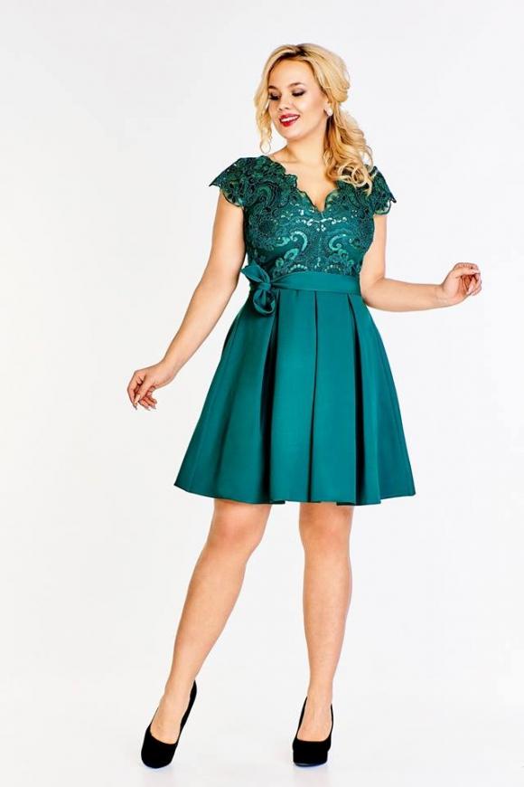 Szmaragdowa krótka rozkloszowana sukienka plus size zdobiona cekinami Diana