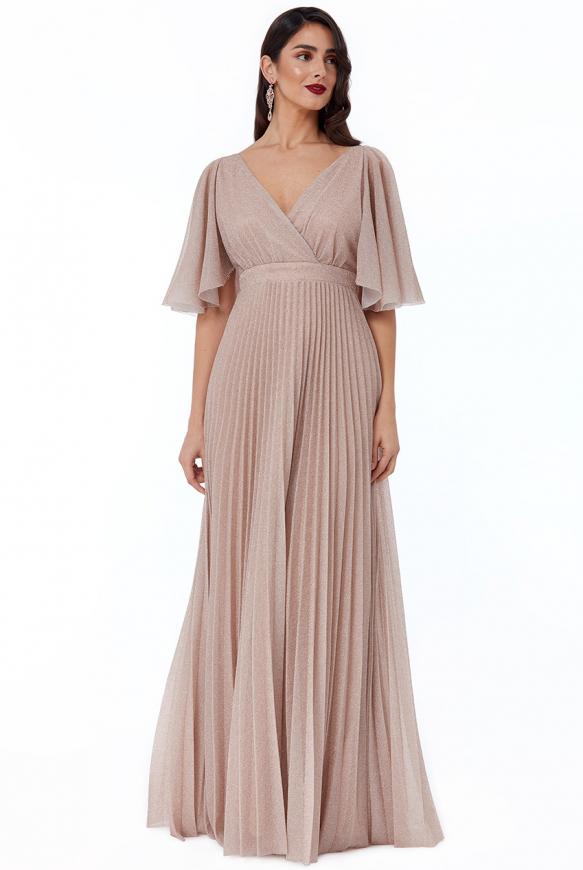 Plisowana suknia wieczorowa w kolorze nude z błyszczącą nicią
