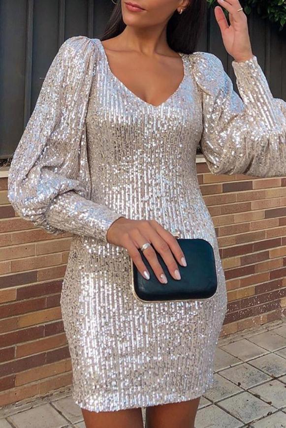 Cekinowa sukienka krótka z długim rękawem