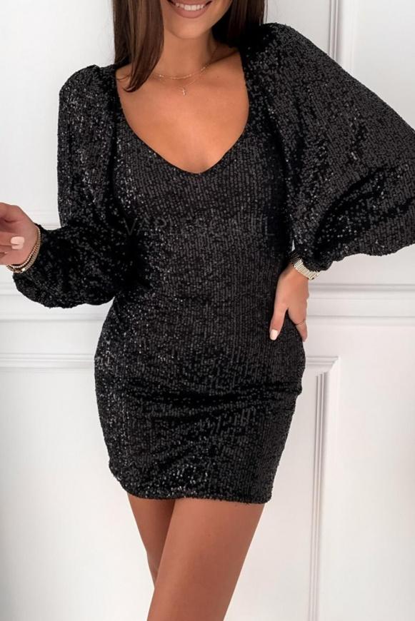 Czarna sukienka cekinowa z bufiastymi ramionami