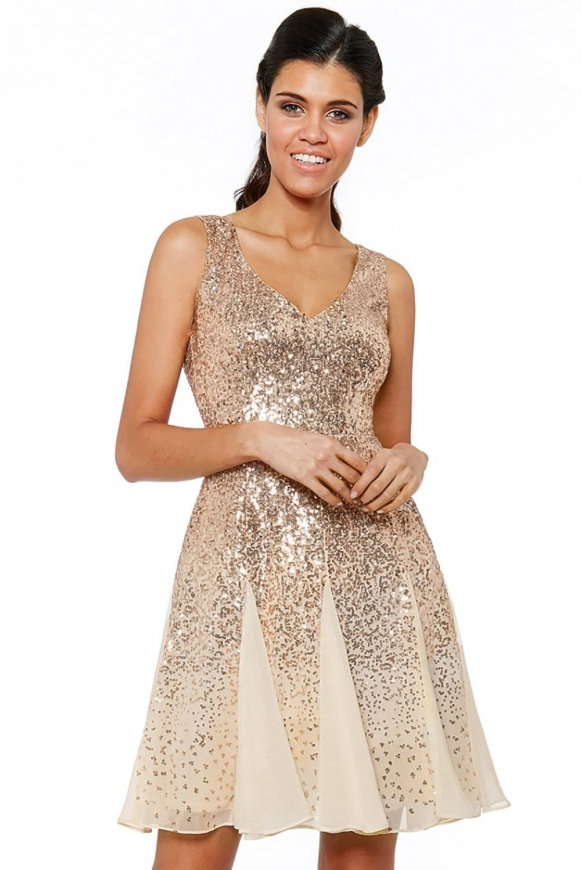 Złota cekinowa sukienka wieczorowa krótka