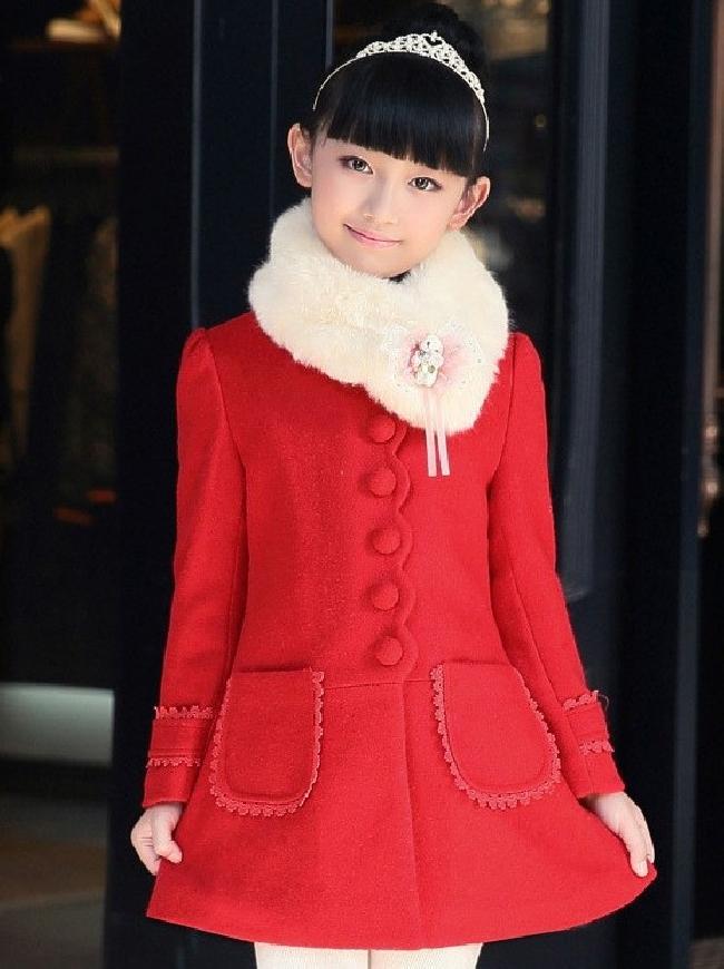 Czerwony wiosenny płaszczyk dla dziewczynki