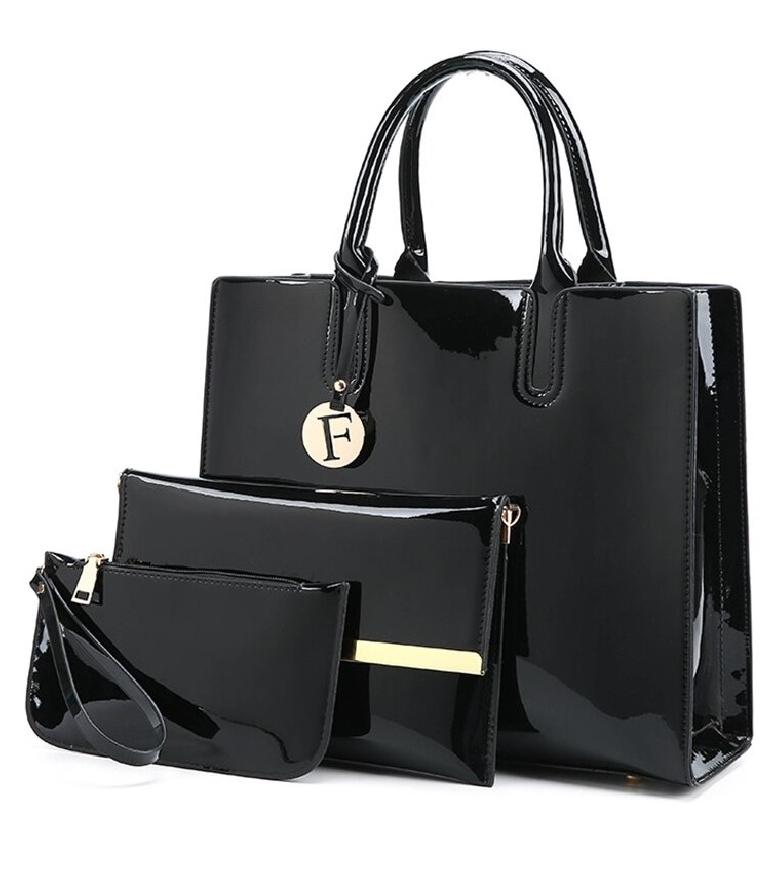 Komplet lakierowanych torebek czarnych
