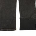 Modne jeansy unoszące pośladki