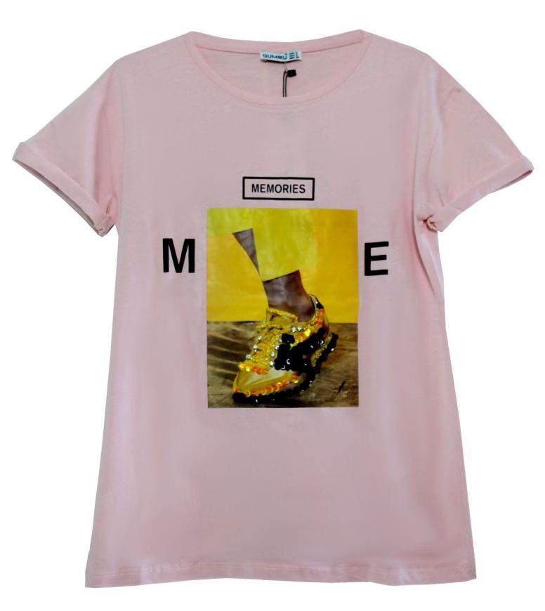 Jasno różowa koszulka z zdobionym butem