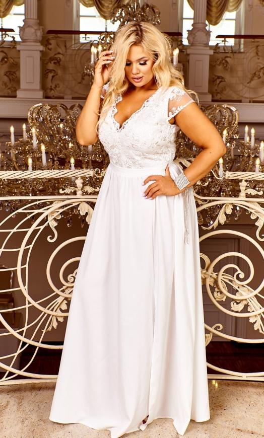 Ślubna suknia wysmuklająca z delikatną koronką, Chantell