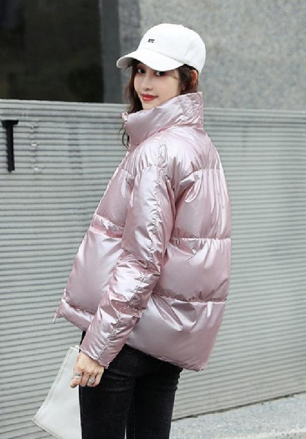 Damska zimowa kurtka jasno różowa