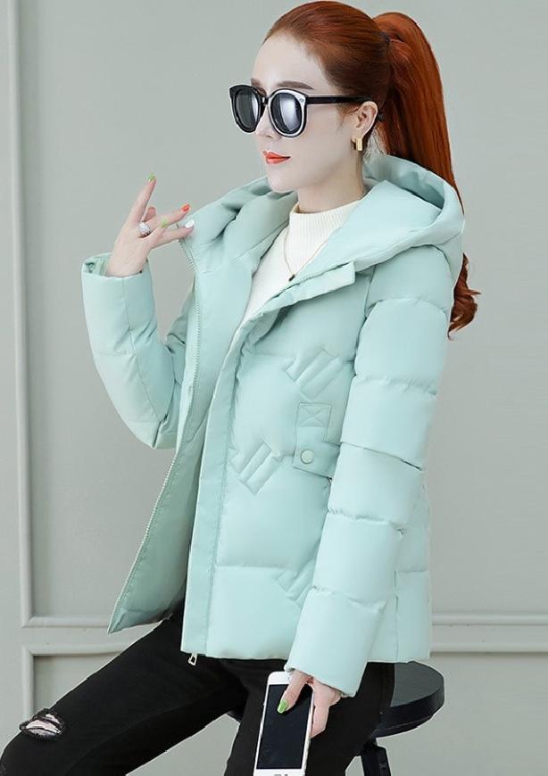Damska kurtka w kolorze mietowym