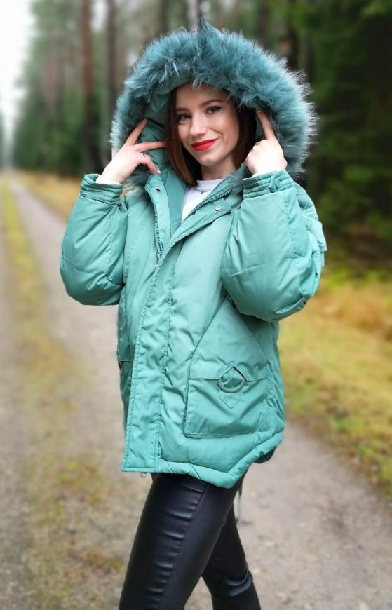 Zielona kurtka zimowa z kożuszkiem