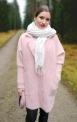 Stylowy płaszczyk Alpaka w jasno różowym kolorze