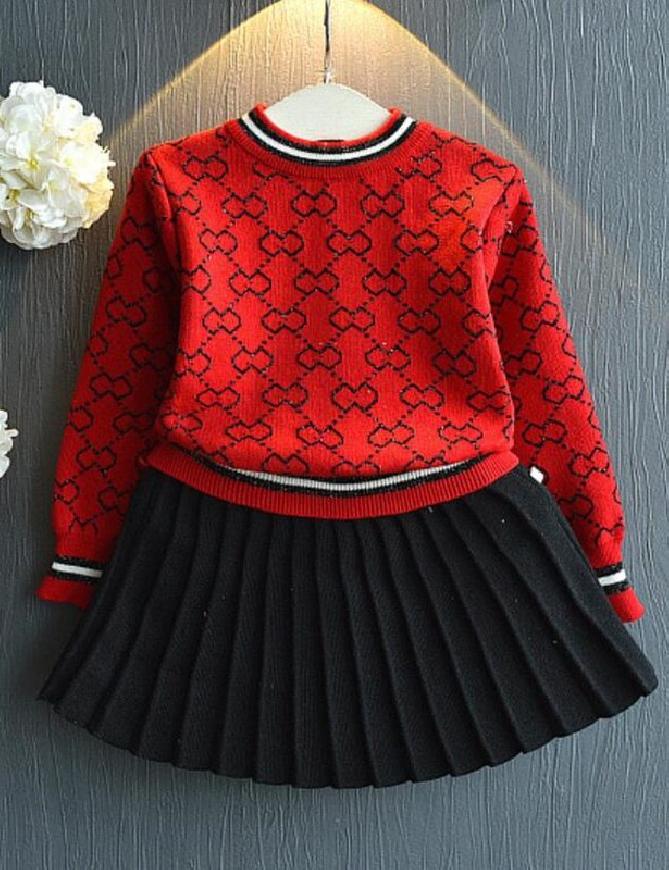 Komplet dziecięcy, spódnica i sweterek 033