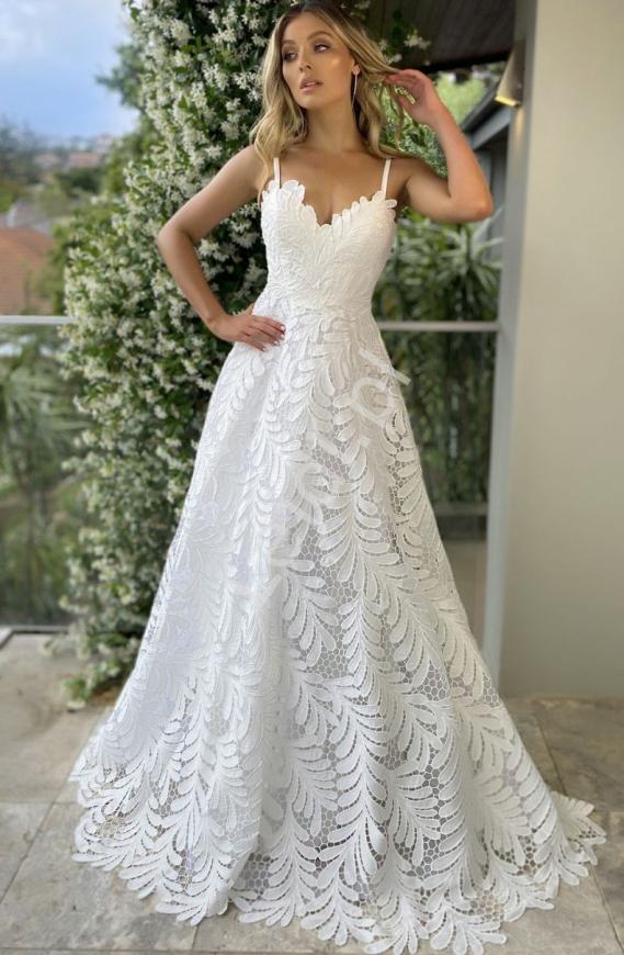 Zjawiskowa suknia ślubna z koronki, Francuska sukienka ślubna