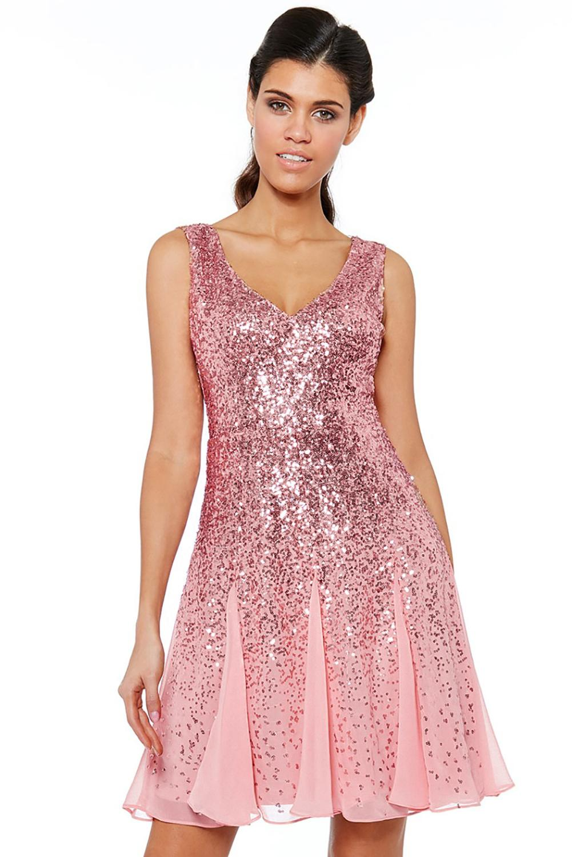 Sukienka z cekinami na wesele